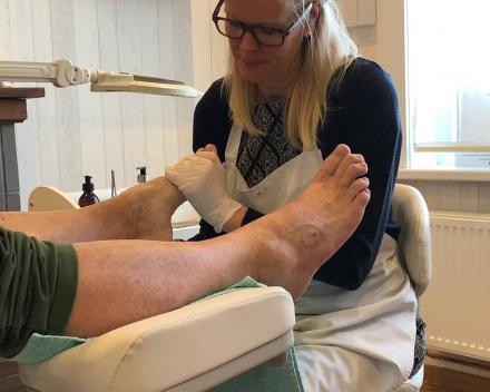 Relaxerende voetmassage en beenmassage Die Binneste Hilde De Munter